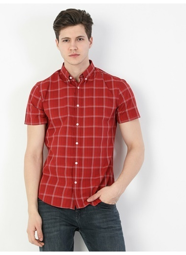 Colin's Slim Fit Standart Kol V Yaka Erkek Gömlek Kısa Kol Kırmızı